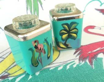 Vintage Florida St. Petersburg St. Pete salt and pepper shakers aqua flamingo palm tree 1950s kitsch souvenir Floridiana mid century