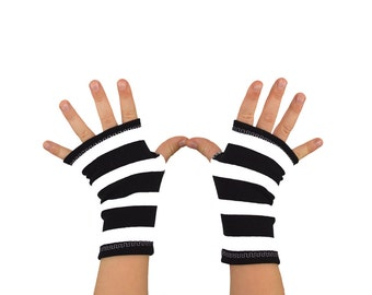 Toddler Arm Warmers in Bold Black and White Stripes - Cotton Fingerless Gloves
