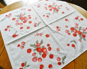 Red Wilendur Flower Tablecloth, Dianthus Tablecloth, Wilendure Tablecloth, Red Tablecloth,