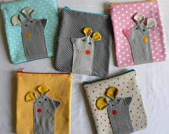Mousy pouch on pink polka dots
