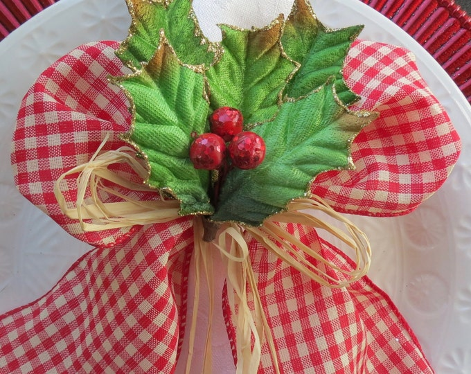 Featured listing image: Napkin Ring - Country Holly with Red Berries and Raffia- Christmas - Holidays