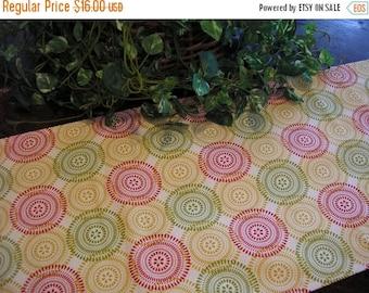 ON SALE Table Runner Padded Modern Circles Print on Cream
