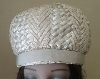 Vintage Mod Spring Hat by Evelyn Varon  p07