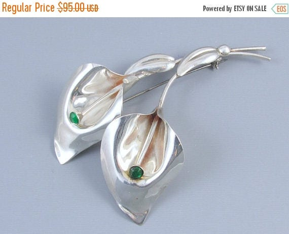 SPRING CLEANING SALE Large vintage Retro Moderne sterling silver green rhinestone calla lily brooch pin