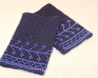 Hand knitted beaded dark blue wrist warmers with blue glass beads, lithuanian national costume