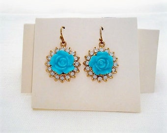 Lovely Gold Tone Faux Turquoise Flower Pierced Earrings