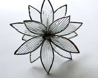 Stained Glass 3D flower - Suncatcher -  In Full Bloom Clear Textured
