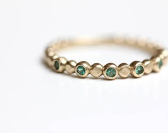 Emerald Stacking Ring - Recycled 14k Gold - Beaded Colombian Emerald Stacking Band - Bezel Set Emerald Ring