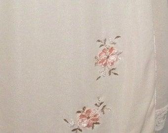 ON SALE Vintage Texsheen Embroidered Nylon Half Slip Large 38-40