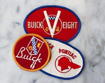 One Vintage 1970's Uniform Patch / Jacket Patch / Pontiac / Buick / Automotive