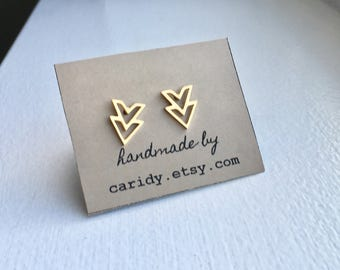 Gold chevron stud earrings, minimalist chevron, v stud earrings, minimalist jewelry, stainless steel stud earrings, gold chevron studs