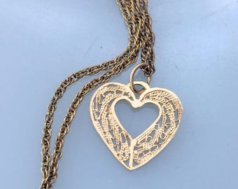 Vintage 14k Yellow Gold Filigree Heart Pendant Chain GOld Filled Dainty Tiny