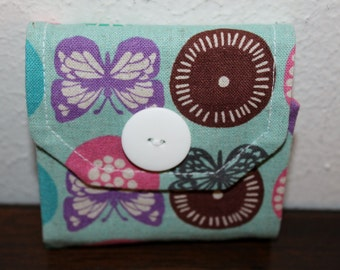 Sticky Note Holder-Butterflies Bees and Circles on Turquoise