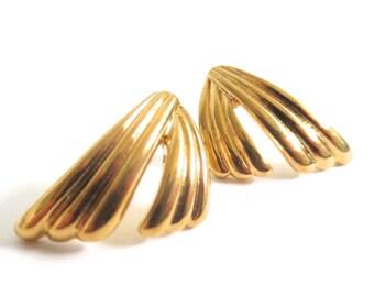 Vintage 80's Avon // Gold Tassel Earrings