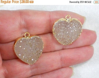 SALE Pair Drusy Crystals Hearts Natural Sandy Druzy Charms Pendants Quartz Gold Plated 23mm (D2550)