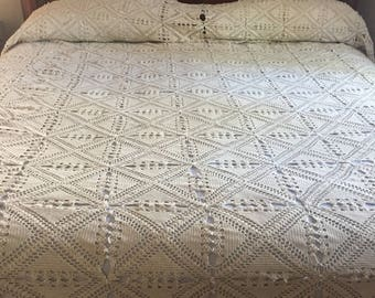 Ecru Crochet KING Coverlet/Bedspread
