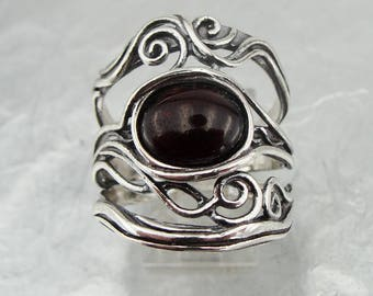925 Silver Red Garnet Ring, Elegant charming silver garnet ring, Ring Size 8, Filigree Ring, Red stone Ring, Wedding Ring, Free Shipping