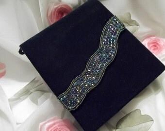 MINT Elegant Hunter Green Velvet Aurora Borealis Sequin Evening Clutch * Shoulder Bag - Mad Men - Vintage - Womens - Accessory