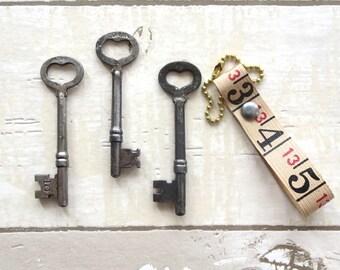 3 Vintage heart skeleton keys Old skeleton keys Vintage keys Key collection Authentic collection Old keys Skelton keys Old heart HK bit #6