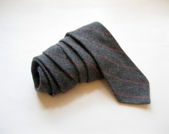 Mens Tie, Guys Tie,Wool Necktie, Gray Necktie, Grey Tie, Eatons Tie, Vintage Wool Necktie, Tie, by mailordervintage on etsy