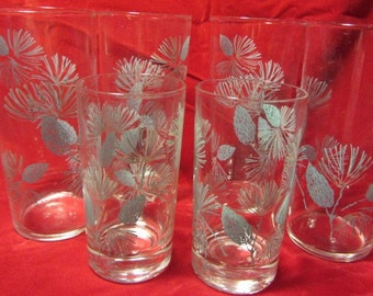 Mid Century Federal Glass Tumblers Featuring Thistles In Turquoise, Federal Glass Drinking Glasses, Federal Glassware Thistle Design