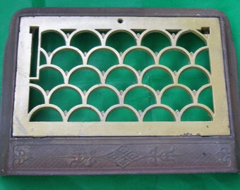 Antique Architectural Salvage Cast Iron Victorian Heater Cover Grate with Removable Center / 1905