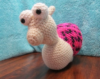 Crochet Giant Snail