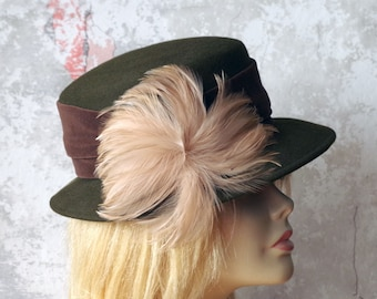Vintage Ladies Hat Green Felt Brown Velvet and Feather