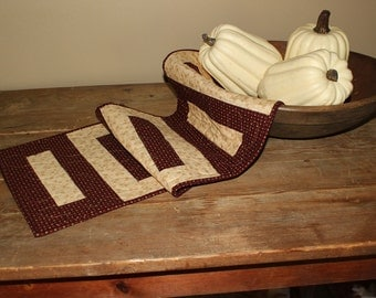 Love Ladders fall quilted table runner