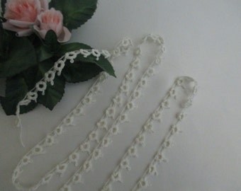 1-1/2 Yd Antique Vintage Tatted Lace Trim Cotton Narrow Tatting