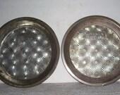 Vintage 2 Ovenex Tin Pie Plates, Country Kitchen, Rustic Kitchen, Metal Pie Tins, Pumpkin Pie Tin, Country Decor, Metal Pie Tins,