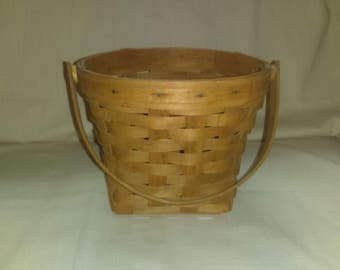 Vintage Longaberger Basket Round with Handle 1987