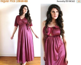 ON SALE 1970s Nightgown and Peignoir Set / 70s Lingerie / 1970s Merlot Burgundy Nightgown