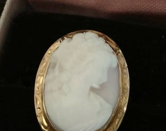 Carved pink and white angelskin coral and 14k yellow gold Victorian cameo ring - antique jewelry