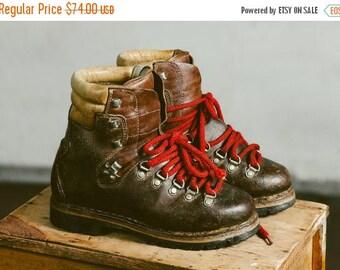 WEEKEND SALE . Vintage 80s Heavy Survivor Boots . Brown Leather Booties Mountain Hiking Boots Women Mountain Shoes . women US 7, Eur 37.5, U