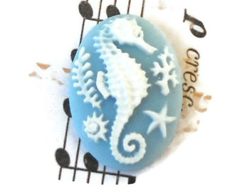 Seahorse cabochon,Vintage Style Cabochon,Seahorse Sea Horse Oval Flowers Blue Star 25x18mm #739
