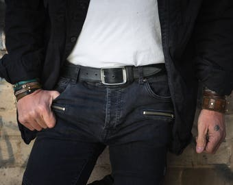 Dark Leather, Black Belt, Artisan Accessories, Leather Products, Genuine Leather, Rustic Style, Leather Accessories Belts, Men's Style