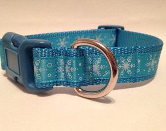 MEDIUM Ice blue snowflakes Holiday dog collar