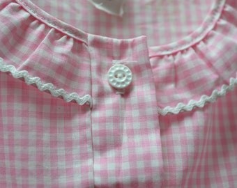 """1970s/80s Vintage PINK GINGHAM CHECK Girls Blouse Size 6 . """"Sears"""".  All cotton."""