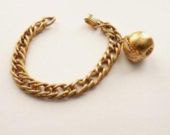 Vintage Napier Golden Apple Charm Bracelet Book Piece c. 1970s 7.75 Inch Gold Chain