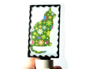 Funky cat night light, stained glass lighting, plug in night light, hallway night light, cat picture, nite lite, on off switch