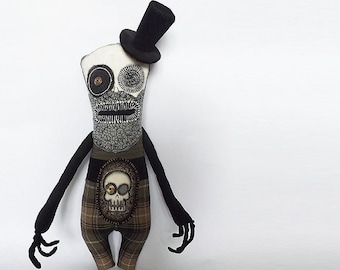 Character Art Doll Momento Mori Morbid Oddity Macabre Victorian Horror Doll with Beard