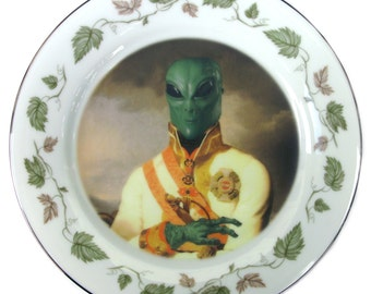 Sir Marvin of Roswell Portrait Plate 8.25""