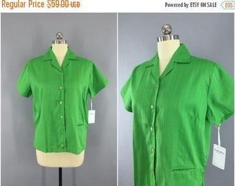 SALE - Vintage 1960s Blouse / 60s Women's Shirt / 1950s Summer Button Down Shirt / Kelly Green / Imperial / Size Large L XL