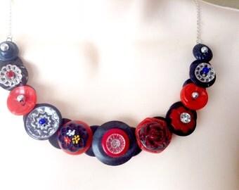 Charm Me button necklace
