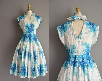 50s inspired soft cotton abstract floral print vintage dress with a cut out back. vintage 1950s dress
