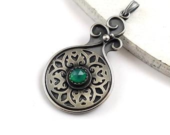 Silver retro medallion pendant, green metalwork jewelry, sterling gemstone jewelry, round mandala pendant