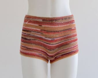 Hand knitted cotton shorts in pink/beige/peach shades