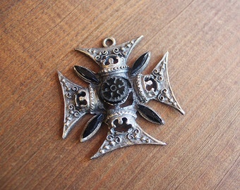 Ornate Maltese Cross Pendant in Aged Silver