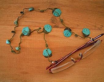 eyeglass chain, green, turquoise rose, crochet